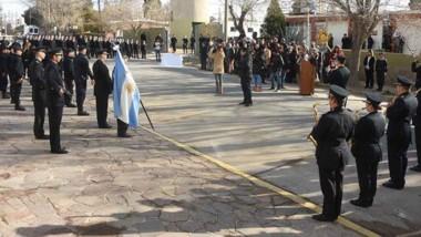 El acto por los 30 años de la Unidad Regional contó con la presencia de varios de los jefes policiales.