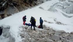 Áncash: confirman muerte de dos montañistas argentinos en nevado Caraz.