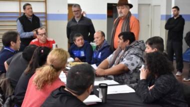 La evaluación tuvo lugar en el Gimnasio Municipal nº 1 de Comodoro Rivadavia com miembros de la FAB, árbitros, técnicos y jurados.