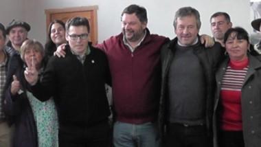 Junto a candidatos a concejales y referentes, Santiago Igon y Pol Huisman encabezaron recorrida de campaña.
