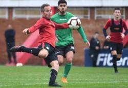 Héctor Fértoli, en dos oportunidades, marcó para el local y sobre el final descontó Enzo Díaz para Oeste.