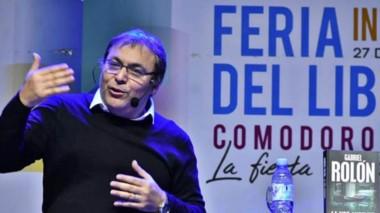 El escritor Gabriel Rolón presentó su último  libro.