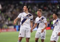 Un recital de Ibrahimovic: Triplete de Zlatan en clásico que Los Ángeles Galaxy le ganó a LAFC.