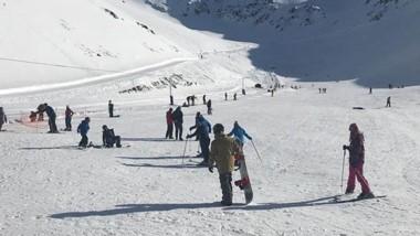 En la base del cerro hay 40 centímetros; en la parte intermedia 60 y en el sector superior 80 centímeros.