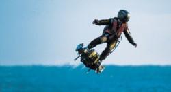 Franky Zapata intente cruzar el Canal de la Mancha en su hoverboard.