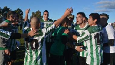 """En Germinal, el sueño del ascenso al Federal A es un viejo anhelo. El """"Verde"""" es uno de los clubes fundadores de la categoría."""