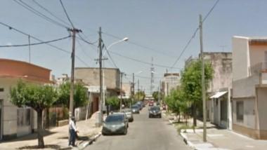 El sangriento episodio ocurrió en este vecindario, situado en el oeste del conurbano bonaerense.