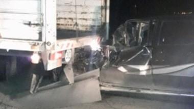 El estado en que quedó la camioneta presagiaba que algo grave pudo ocurrir. Un herido y hospitalizado.
