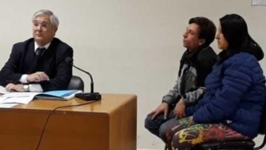 En el banquillo. El abogado Mantecón, Adrián Palacios y su novia, la viuda negra, Valeria Bustamante.