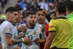 La Comisión de Ética de la Conmebol inicia una tercera investigación contra Messi y le reclama que sostenga su acusación con pruebas.