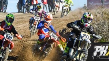 El Motocross argentino brinda un gran espectáculo . Hoy continúa la acción con las carreras principales.
