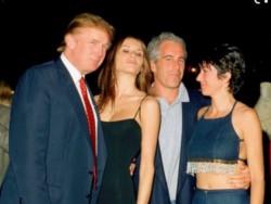 Jeff, con su amigo Donaldhace algunos años. Aunque lo refieren como más amigo de Bill Clinton...
