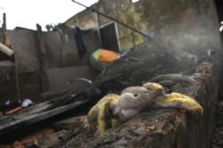 Cinco niños de entre 4 y 15 años murieron al incendiarse su vivienda en el partido bonaerense de Pilar.