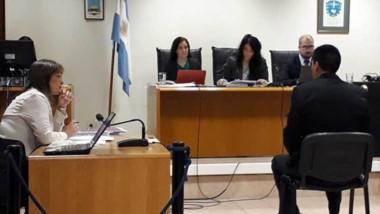 El tribunal de juicio declaró la muerte de Liempis por exceso de legítima defensa. Martínez salió de la cárcel.