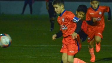 J.J. Moreno derrotó por 1 a 0 a Independiente, en el inicio de la final de la categoría 2008.