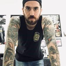 Patricio Pioli, el tatuador.