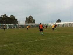 En un nuevo amistoaso, Madryn venció 4 a 2 a Germinal (Foto Lorena Barroso).