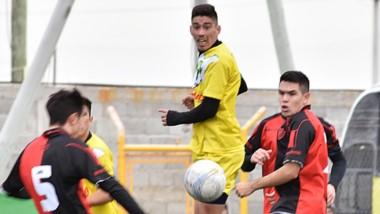 La Ribera, que consiguió una holgada victoria ante Gaiman FC, se apresta a  lograr la segunda plaza de la Liga.