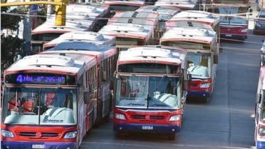 El transporte público en Trelew sigue paralizado
