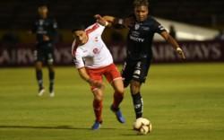 Independiente quedó eliminado tras perder frente a Independiente del Valle 1-0 en el partido de vuelta.