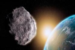 Según la NASA, este asteroide de tipo Apolo tiene un diámetro de 160 metros y avanza a una velocidad de 13 kilómetros por segundo.