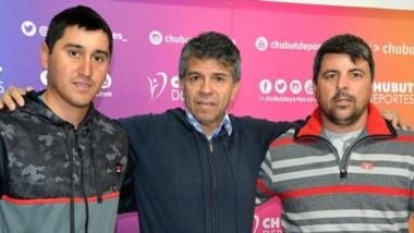 Federico Cervera y Diego Jones, de la Unión Ciclistas de Montaña de Gaiman, visitaron ayer Chubut Deportes.