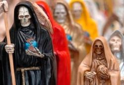 Una multitud participó en la localidad correntina de Mariano I. Loza y en diversos santuarios de la capital provincial de la celebración en honor a San La Muerte.