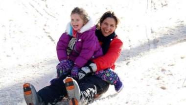 Diversión en familia. El cerro Perito Moreno con nieve asegurada hasta bien entrada la primavera