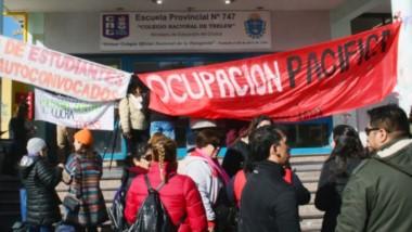 Ocupación pacífica. Los estudiantes comenzaron con la toma y esperan que haya respuesta de parte de las autoridades de Educación.
