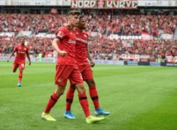 Con goles de Bailey, Havertz; y Volland, Bayer Leverkusen venció 3-2 al Paderborn.