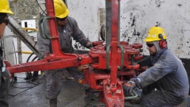 Desde el Ministerio de Hidrocarburos vienen hace tiempo evaluando un plan para poner en valor los pozos que hoy están abandonados.