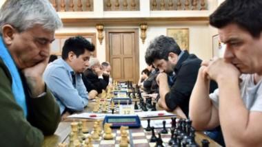 El torneo se desarrolla hasta mañana en Trelew, con presencia de los campeones mundiales Tampone y Pichot.