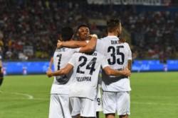 Con un tanto de Palacio, Bologna goleó al Pisa y pasó a los 16avos de final de la Copa Italia.