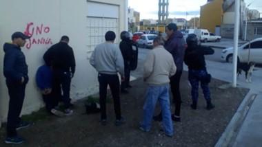 La detención de la pareja se produjo en el barrio 630 Viviendas. Quedaron presos hasta la audiencia judicial.