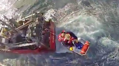 Un marinero fue evacuado por efectivos de la Prefectura Naval a raíz de un agudo problema de corazón.