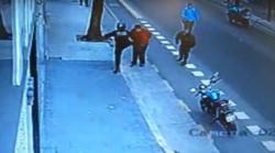 La autopsia confirmó que Jorge Martín Gómez, falleció tras caer al piso por la patada que le dio un agente de la Policía de la Ciudad.