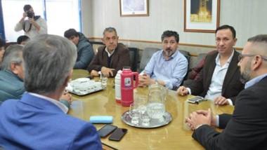 La reunión celebrada en la Cooperativa de Trelew durante la cual se pudo llegar a un acuerdo.