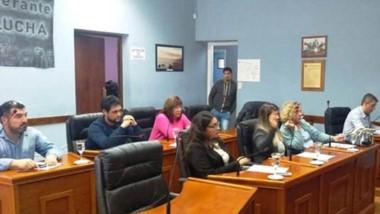 Unanimidad. Los ocho concejales presentes respaldaron los proyectos.