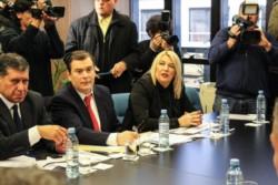 La gobernadora Rosana Bertone va a la Justicia por la quita de fondos de Nación.