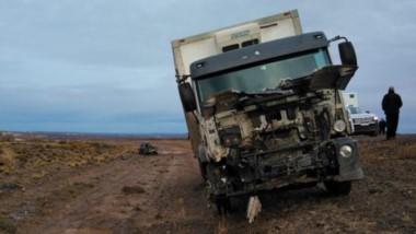 Daños. Así se pudo ver la trompa del camión luego del violento impacto que se cobró  la vida de un joven.