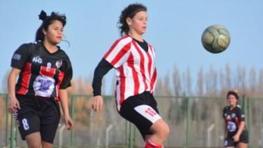 Racing Club conquistó ayer el segundo triunfo consecutivo en la Zona Campeonato. Se consolidó en el cuarto puesto del grupo.