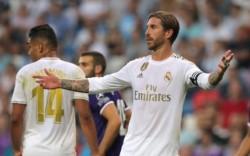 """Real Madrid consigue un """"amargo"""" empate contra el Valladolid en el Bernabéu."""
