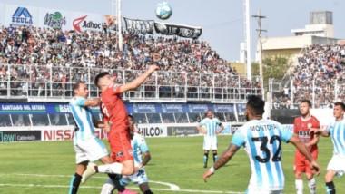 Racing igualó en cero ante Central Córdoba y acumula tres empates y una derrota.