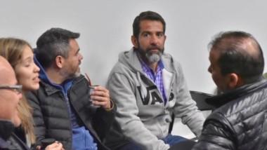 Matecito. Desde la izquierda, Domingo Correa, Giuliana Mac Leod, Sandro Figueroa, Lüters y Diego Correa.