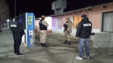 Prefectura liberó a una mujer y su hijo, víctimas de trata en zona norte de Santa Cruz.