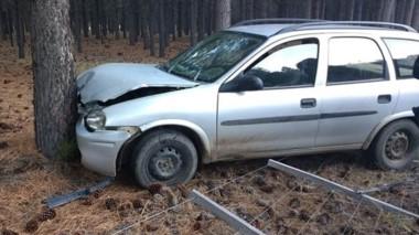 Así estaba posicionado el auto del trabajador del campo que lamentablemente murió yendo a su puesto.