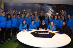 Las Gladiadoras firmaron sus contratos con el club y dieron un paso histórico en la profesionalización de la disciplina.
