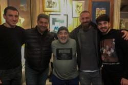 El encuentro más deseado de Daniele De Rossi con Maradona en la casa de Diego en zona norte del Gran Buenos Aires.
