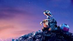 Escena de la película Wall-E. Un toque de ternura y humor para un tema a tener en cuenta.