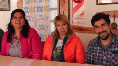 Mariela Aburto (de rosa) junto a quienes la van a acompañar como candidatos para el Concejo Deliberante.